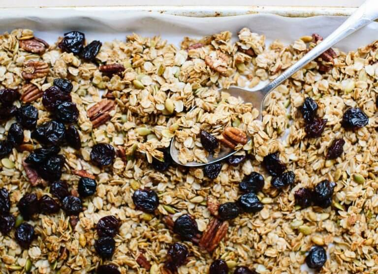Homemade Oatmeal Granola